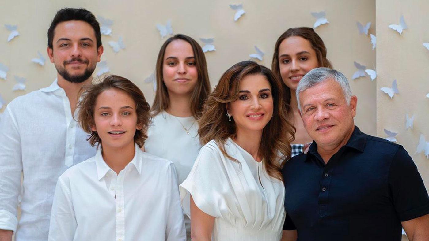 Les 50 Ans De La Reine Rania En Famille